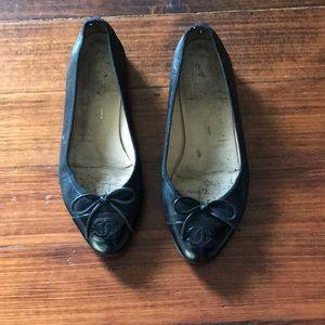 830eddf07d983 Authentic Chanel shoes. Classic black ballet flats